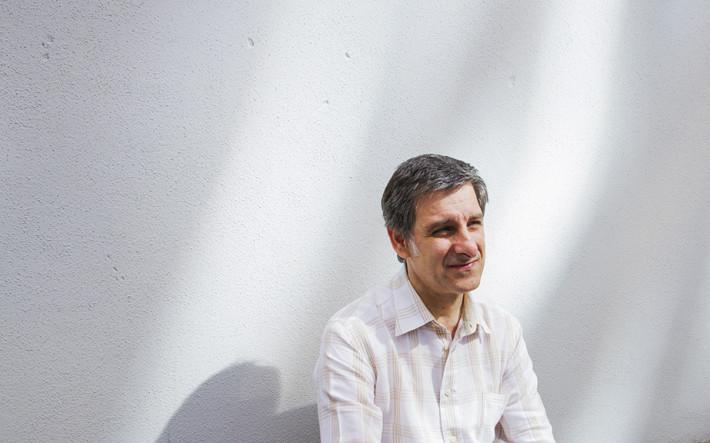 Javier Escobal. Grupo init